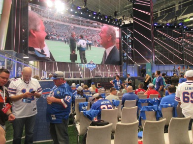 Day 2 NFL DraftApr 28 051